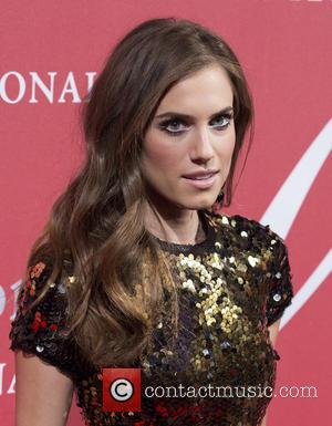 Allison Williams Was Determined To Keep Wedding Private