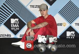 Justin Bieber Busts Eardrum While Wakeboarding