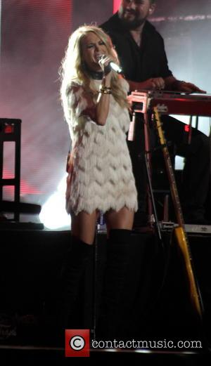 Carrie Underwood - Carrie Underwood performing live on Jimmy Kimmel Live! in Hollywood - Los Angeles, California, United States -...
