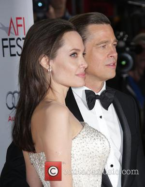"""Angelina Jolie And Brad Pitt Were Reportedly """"Staying In Their Own Wings"""" Before Split"""