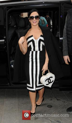 Demi Lovato - Demi Lovato arrives at Global House - London, United Kingdom - Monday 9th November 2015