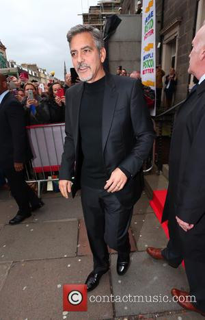 George Clooney Mobbed On Sandwich Shop Trip