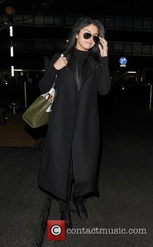 Selena Gomez Selling Off 'Stalker-central' Mansion