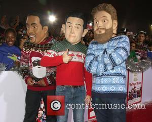 Atmosphere, Oversized Heads Of Star Anthony Mackie, Joseph Gordon-levitt and Seth Rogen