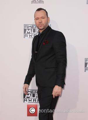 Donnie Wahlberg And Nick Lachey Team Up For Boyband Sitcom
