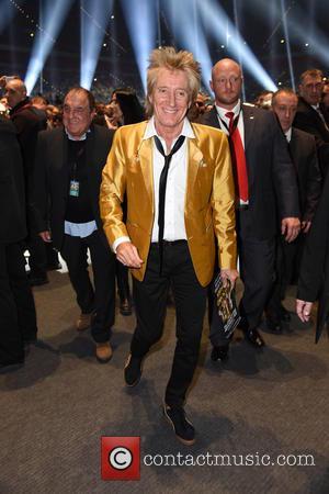 Rod Stewart Recalls Awkward Christmas With His Exes