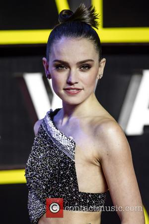 Daisy Ridley Posts Powerful Message About 'Scary' Social Media Editing