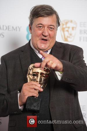 Irish Authorities Reportedly Drop Blasphemy Investigation Into Stephen Fry