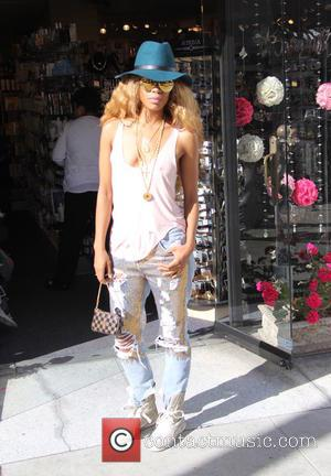 Dejah Gomez - Singer Dejah Gomez out shopping in Beverly Hills - Los Angeles, California, United States - Friday 29th...