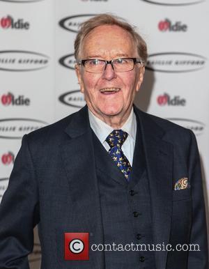 Robert Hardy AKA Cornelius Fudge Passes Away At Retirement Home
