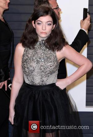 Lorde Apologises For Taylor Swift 'Autoimmune Disease' Comment