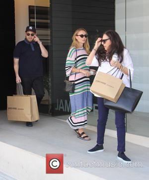 Jonah Hill, Sharon Lyn Chalkin , Camille - Jonah Hill spotted shopping with mom and girlfriend at beverly hills -...
