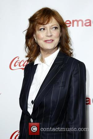 Susan Sarandon Not Sure About Taking Search For Romance To Tinder