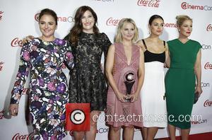 Annie Mumolo, Kathryn Hahn, Kristen Bell, Mila Kunis and Christina Applegate
