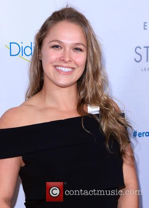 Ronda Rousey Signs Full Time WWE Contract; Makes Debut At Royal Rumble