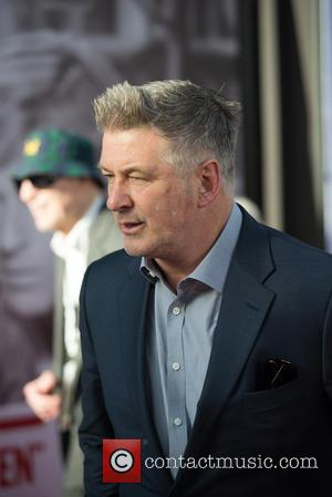 """Alec Baldwin Explains How He Does His Donald Trump Impersonation: """"Suck The Chrome Off The Fender Of A Car"""""""