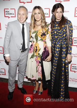 Sarah Jessica Parker - 2016 PEN Literary Gala & Free Expression Awards - Arrivals at Museum Of Natural History NYC...