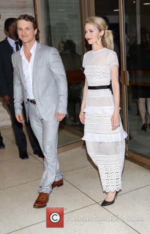 Freddie Stroma and Johanna Braddy
