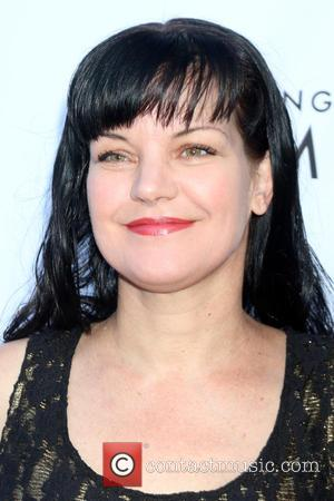 Pauley Perrette - An Evening With Women 2016 at Hollywood Palladium - Arrivals at Hollywood Palladium - Los Angeles, California,...