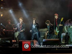 Alice Cooper, Johnny Depp, Joe Perry, Robert Deleo, Bruce Witkin and Hollywood Vampires