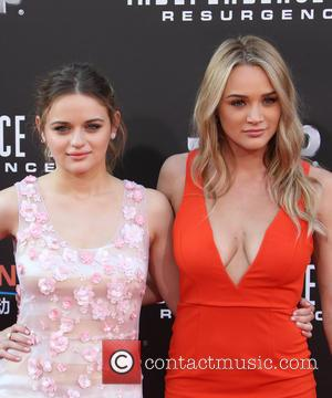 Joey King and Hunter King