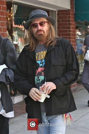 Tom Petty is spotted out and about in Beverly Hills whilst getting a drink. - Los Angeles, California, United States...