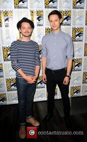 Elijah Wood and Samuel Barnett