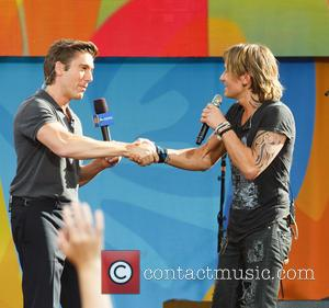 Keith Urban and David Muir