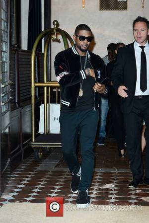 Usher leaving his hotel in Manhattan, New York, United States - Tuesday 23rd August 2016