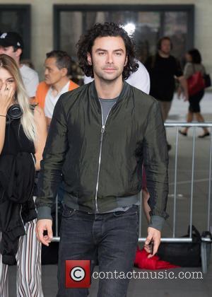 'Poldark's Aidan Turner Splits From Girlfriend