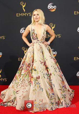 Kristen Bell - 68th Emmy Awards Arrivals 2016 held at the Microsoft Theater at Microsoft Theater, Emmy Awards - Los...