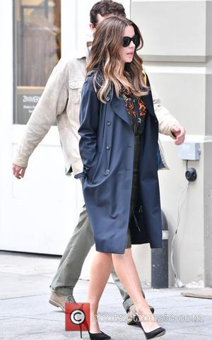 Kate Beckinsale on the set of Marc Webb's new movie 'The Only Living Boy in New York' - Manhattan, New...
