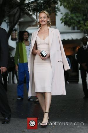 Amber Valletta