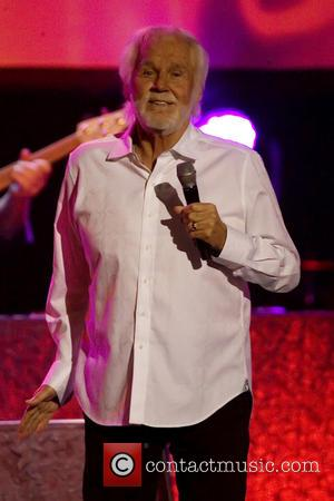 Kenny Rogers Cancels Rest Of Farewell World Tour For Health Reasons