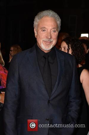 "Sir Tom Jones Cancels Gigs Because Of ""Bacterial Infection"""