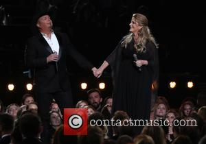 Garth Brooks Criticised For Miming Performance At The CMA Awards
