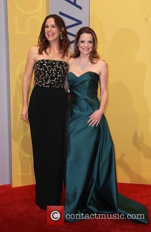 Jennifer Garner and Kimberly Williams-paisley