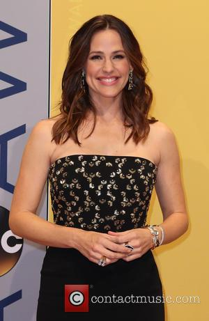 Jennifer Garner To Return To TV In Lena Dunham's New Series 'Camping'