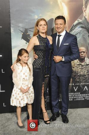 Amy Adams, Abigail Pniowsky and Jeremy Renner