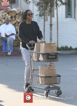 A causal looking Kelly Rowland goes shopping at Bristol Farms in Beverly Hills, California, United States - Friday 25th November...