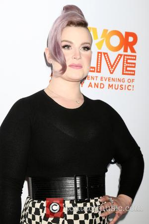 Kelly Osbourne Marks A Year Of Sobriety With Instagram Post