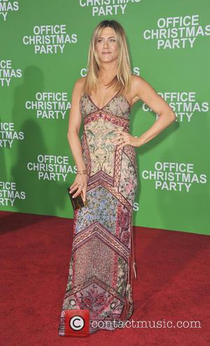 Jennifer Aniston's Humiliating Childhood Christmas Tradition