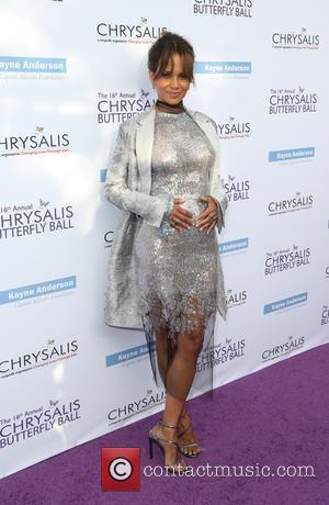 Halle Berry Rep Dismisses New Pregnancy Rumours