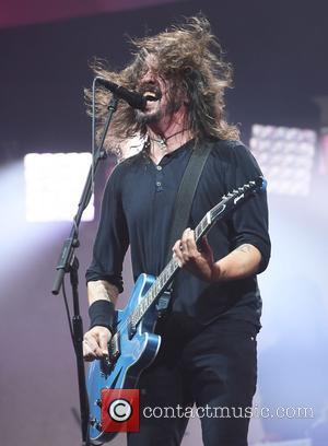 Foo Fighters And Guns N Roses Team Up At Firenze Rocks