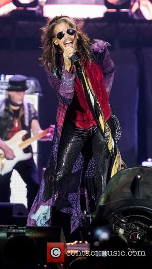 Steven Tyler Denies Reports That He's Had A Seizure Or A Heart Attack