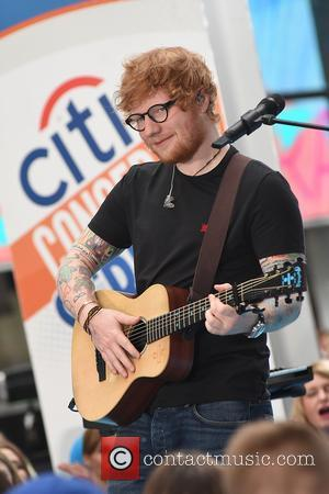 Ed Sheeran Does His Bit For The Refugee Crisis With Intimate DC Gig