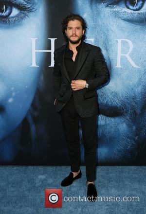 "Kit Harington On Jon Snow's ""Major Problem"" In 'Game Of Thrones'"