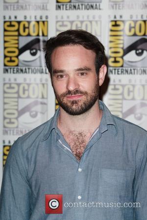 "Charlie Cox Praises ""Fantastic"" Ben Affleck 'Daredevil' Performance"