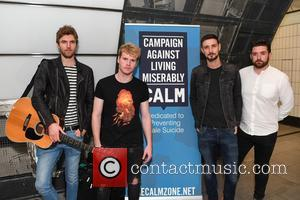 Kodaline, Steve Garrigan, Vinny May, Jr., Jason Boland , Mark Prendergast - Irish rock band Kodaline busking at Tottenham Court...