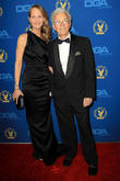 Helen Hunt Mourning Father's Death
